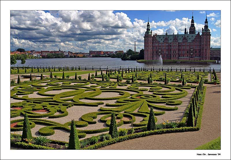 Frederiksborg Castle and garden - Denmark