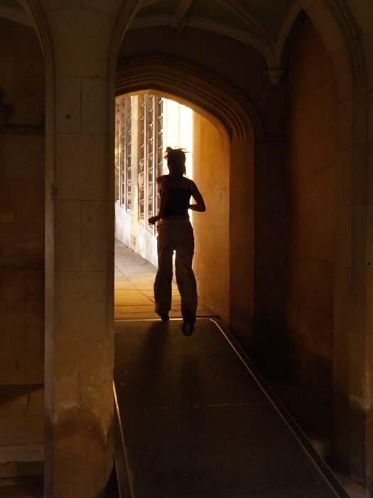 runner, bridge of sighs, cambridge