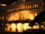 Before arriving in Oz, we had a one night stopover in Singapore. This is Raffles, which is apparently a very famous hotel. I, however, don't subscribe to Hotel Admirers Monthly and consequently had never heard of it.