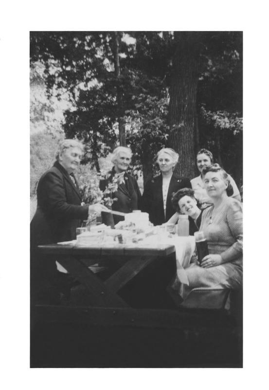 Gammy Johnstons 80th Birthday - 1944