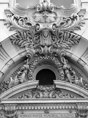 New Orleans building art