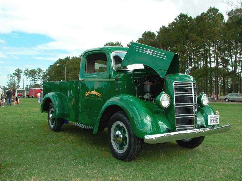 1940 Mack Pick Up Truck