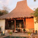 Piedras y Olas Hotel & Resort