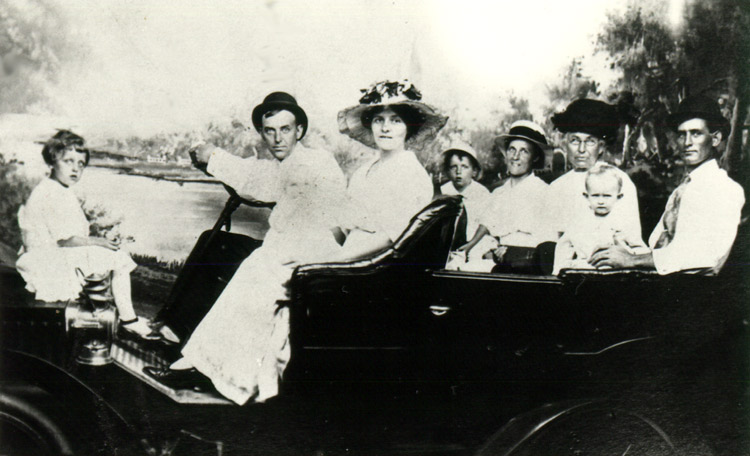 The Helmick Family 1917