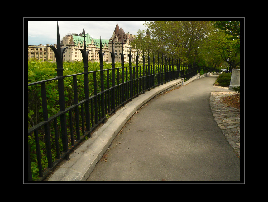 Curving Pathway