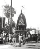 00603 112-32A Krishna Parade 8-9-78.jpg