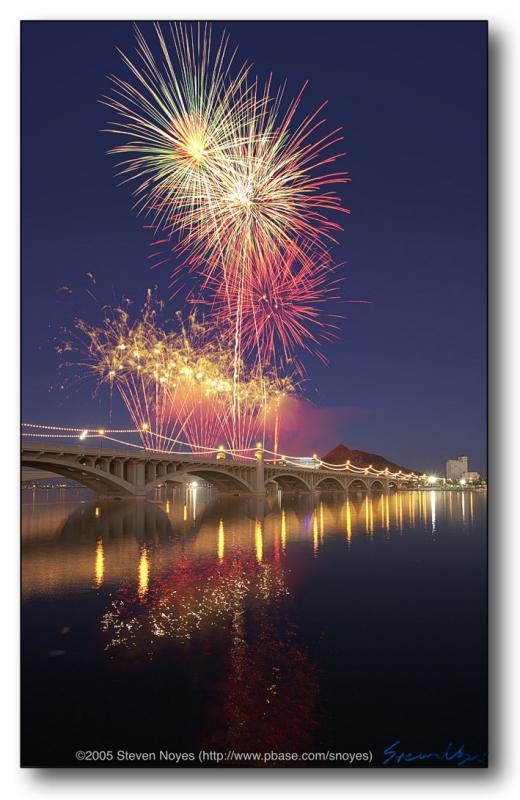 Fireworks 14 : Tempe Town Lake