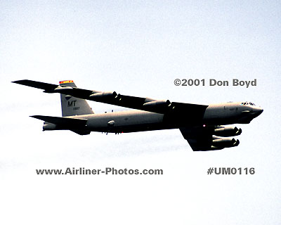 2001 - USAF Boeing B-52H Stratofortress 61-0007 (c/n 464434) at the 2001 Air & Sea Show aviation stock photo #UM0116