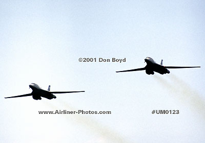 2001 - USAF B-1 Lancer bombers in a high speed pass military aviation stock photo #UM0123