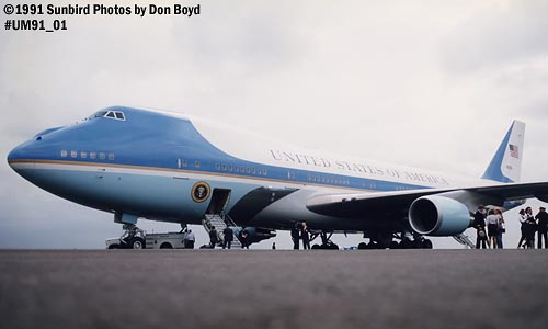 1991 - USAF VC-25A (747-2G4B) Air Force One #82-9000 aviation stock photo #UM91_01