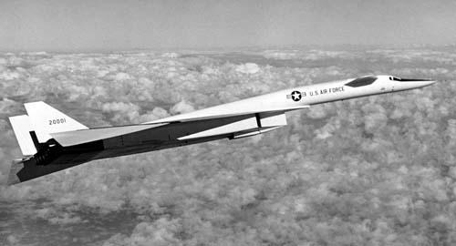 USAF North American XB-70A #62-0001 Valkyrie military aviation photo