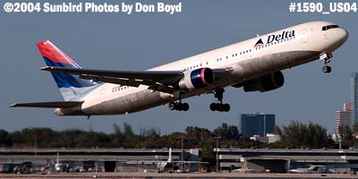 Delta Airlines B767-332 N1402A aviation airline stock photo #1590