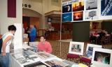 Mark Garfinkel's photography display tables at the 2005 Boston Airline Show, photo #7209