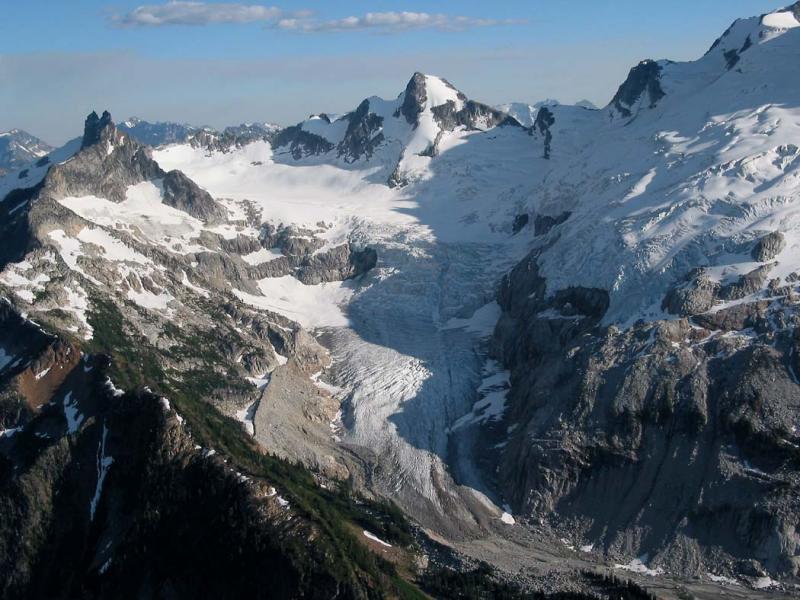 Chickamin Glacier (ChickaminGl072204-01.jpg)