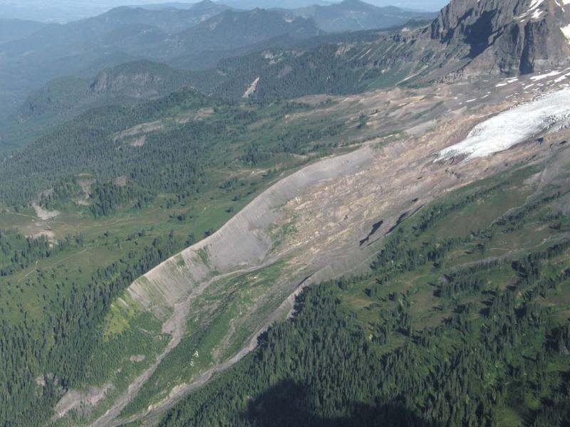 Easton Glacier (MtBaker073005-29adj.jpg)