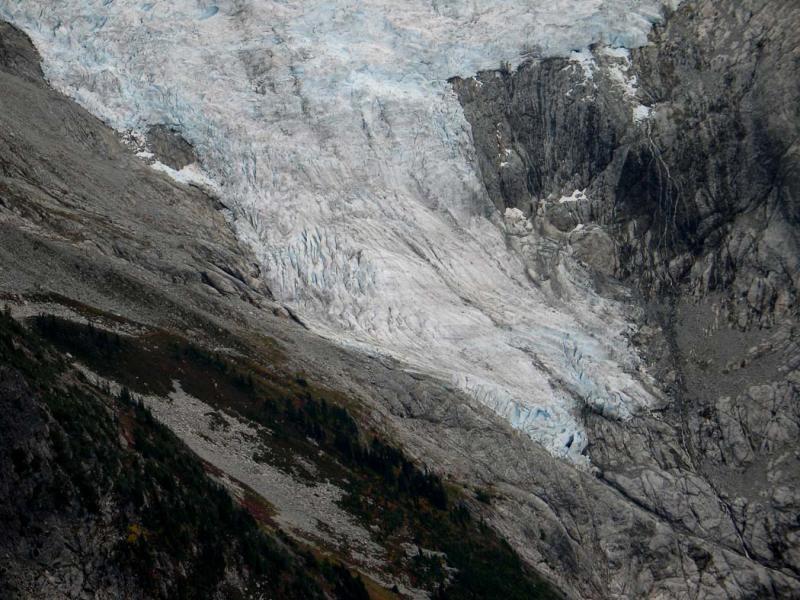 Forbidden Glacier Terminus (ForbiddenGl092005-02adj.jpg)