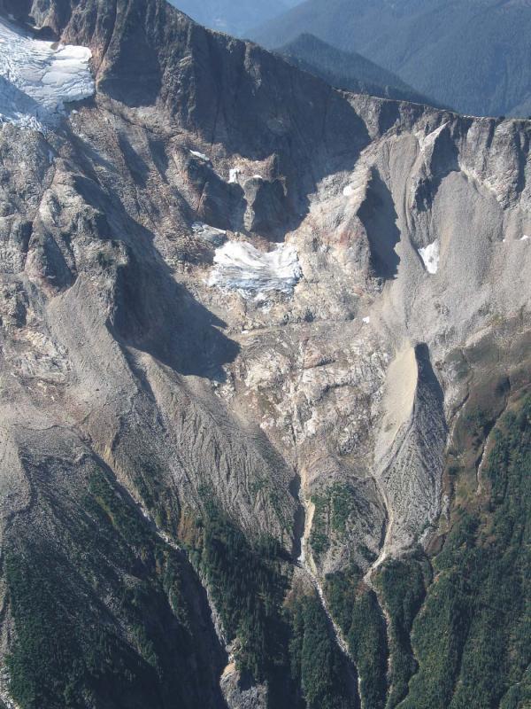 Glacier Remnant W of Kindy Glacier (Buckindy092805-20adj.jpg)