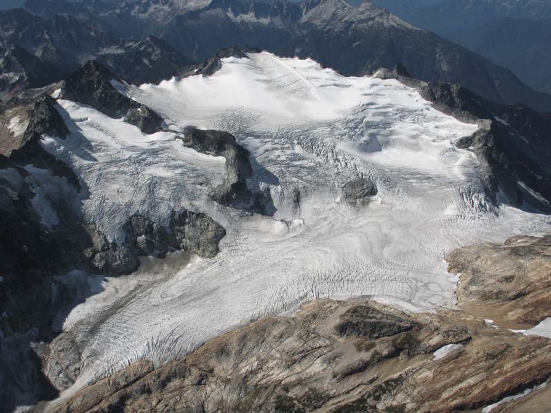 Neve Glacier (Snowfield-Neve092805-07adj.jpg)