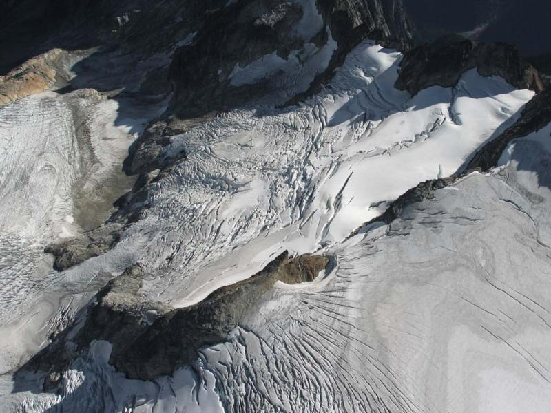 Neve Glacier, E Segment & E Arm (Snowfield-Neve092805-33adj.jpg)