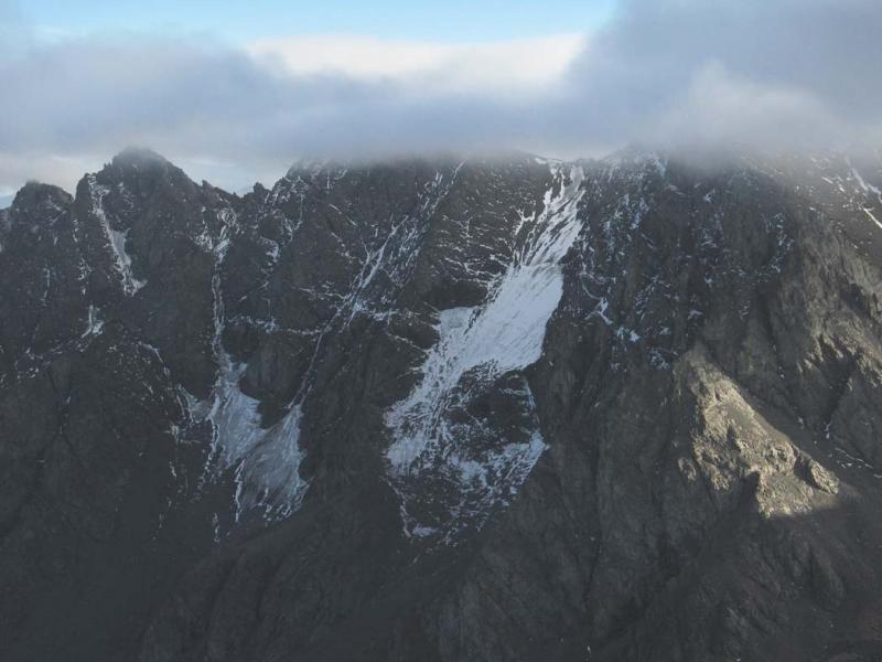 Gardner Mt, N Face Glacier Remnants (Gardner102105-11adj.jpg)