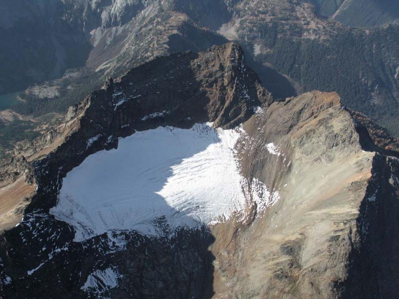 Martin Peak, NE Glacier (MartinPeak102505-1adj.jpg)