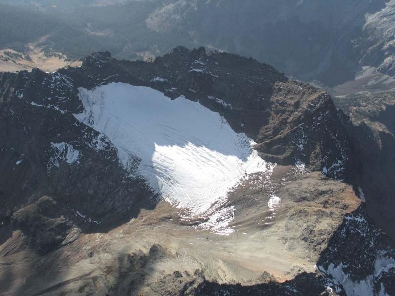 Martin Peak, NE Glacier (MartinPeak102505-7adj.jpg)