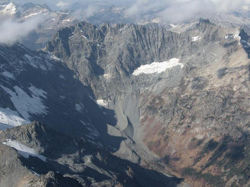 Entiat (R) & S Entiat Glaciers (MF7FJ102505-02adj.jpg)