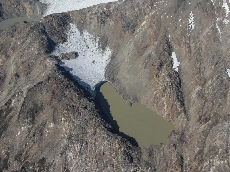 Glacier Remnant & Lake E of White River Glacier (TenPks102505-14adj.jpg)
