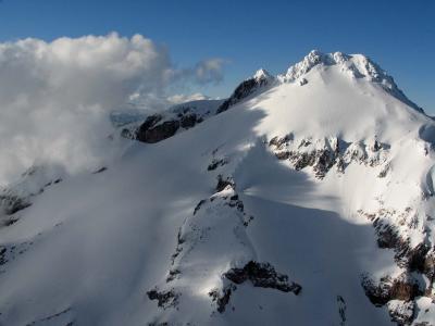 Glacier Pk, SW Face (GlacierPk052405-77adj.jpg)
