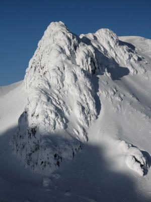 Glacier Pk, Summit Detail, SW Face (GlacierPk052405-55adj.jpg)
