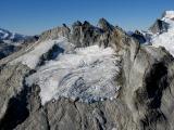 Gunsight, E Glacier (Blue Glacier) (Gunsight092105-6adj.jpg)