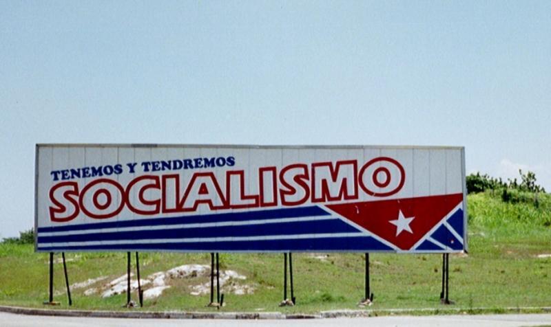 Tenemos y tendremos socialismo.jpg