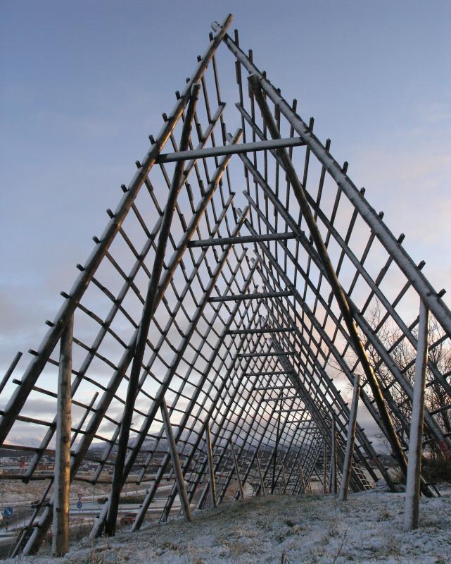 Sculpture nearby Tromsø Airport.jpg