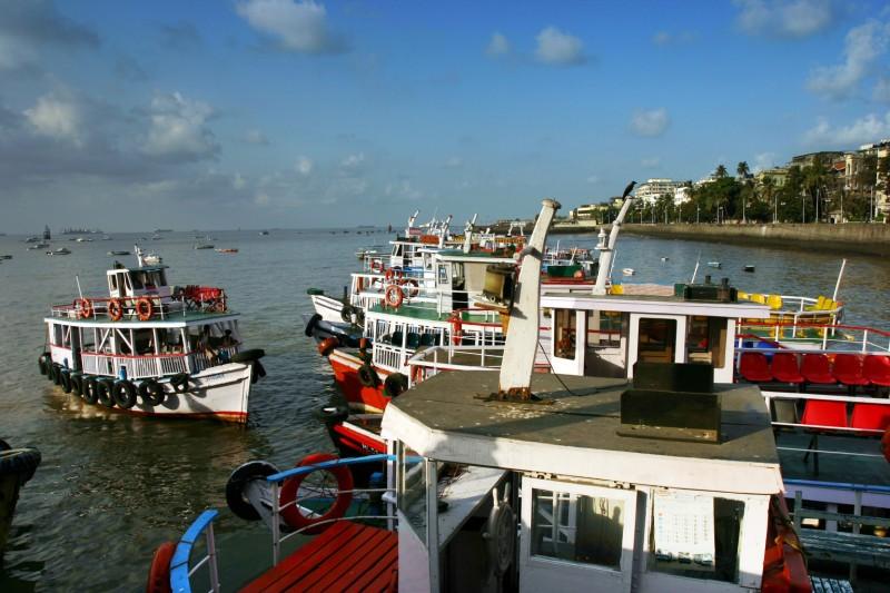 Boat in Gateway5.jpg
