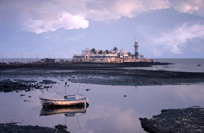 Haji Ali Mosque2.jpg