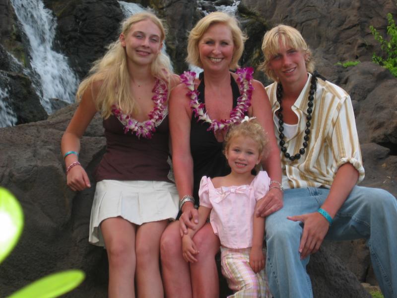 Kim and kids in Hawaii- Rachel, Presley, and Aubrey,3 yrs.