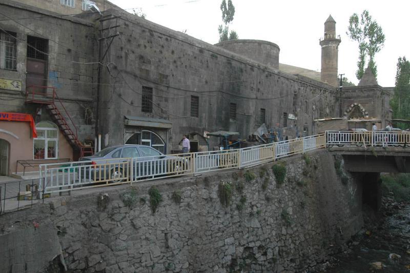 Bitlis Serefli Mosque 1386