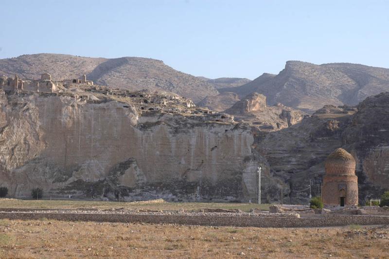 Hasankeyf the citadel rock 1942