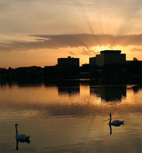Lake Morton Sunset.jpg