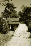 House by the road, Pragpur