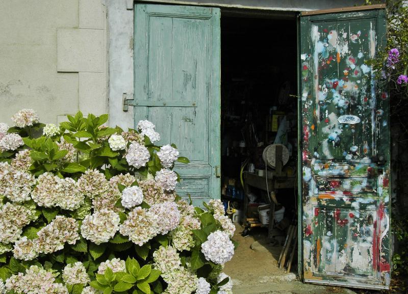 Garage with Hydrangea
