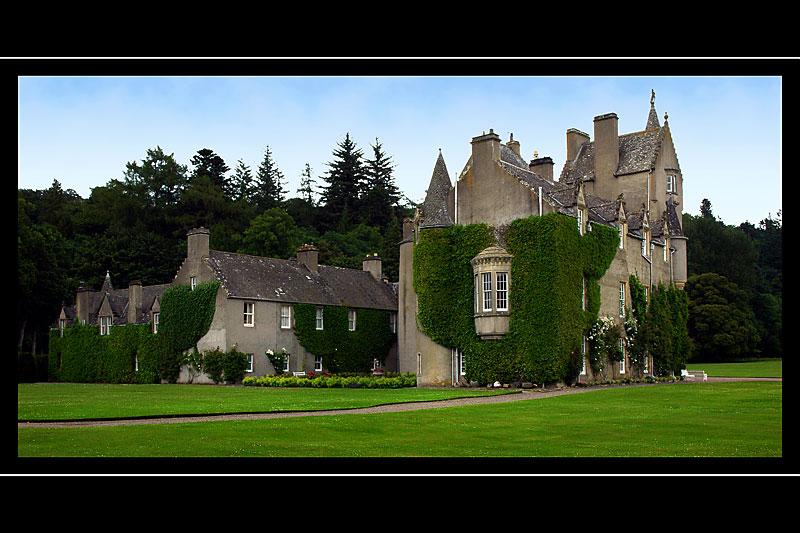 The back of Ballindalloch Castle (3256)
