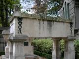 Juste à côté de Jean de la Fontaine, Jean-Batpiste Poquelin dit Molière