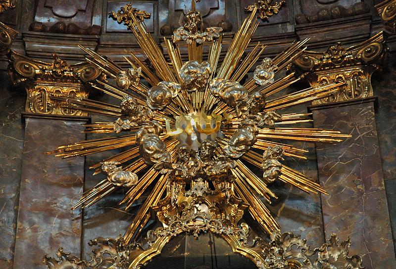 Opulence, St. Nicholas Church