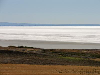 On the road: Tuz Gölü (Salt Lake)