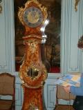 Horloge d'époque Louis XV qui indique les phases de la lune