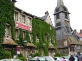 Quartier Sainte-Catherine et son église datant de la moitié du XVième siècle construite en bois