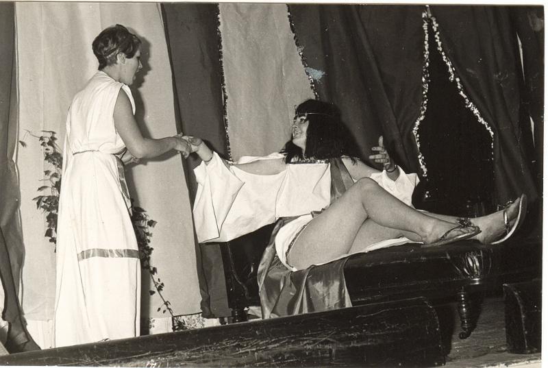 Xmas show Antony&Cleopatra comedy