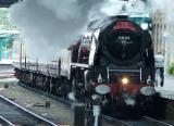 Gentle arrival into Carlisle platform 3.jpg