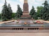 War memorial Alley of Heros